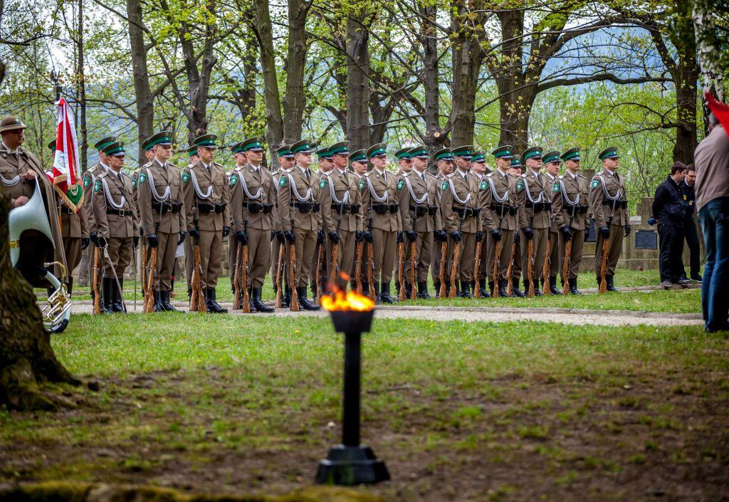 Obchody Bitwy pod Gorlicami na cmentarzu nr 91.